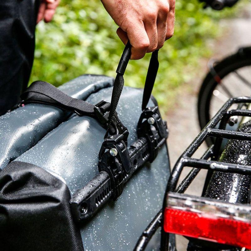 a02d82470a985 ... ORTLIEB Back-Roller Classic Hinterradgepäcktaschen 2x20L wasserfest 1  Paar - Bild 6 schwarz
