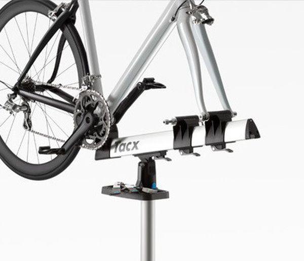 tacx spider team drehbarer fahrrad montagest nder bis 15kg. Black Bedroom Furniture Sets. Home Design Ideas